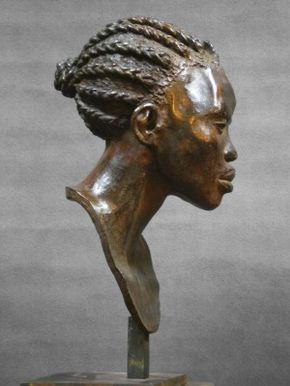 Darbaud_sculptures_mangbetou_tresse_01