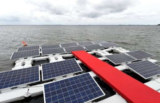 Brazil Uses Dammed Lake Surface For Floating Solar Panels With Images Solar Solar Energy Projects Solar Panels