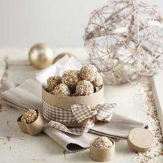 Kookos-pähkinäpalloset