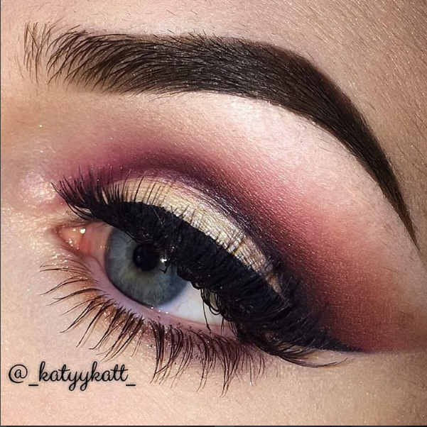 04be38e792a @_katyykatt_ created this gorgeous cut crease, paired with our #Ardell 'Color  Impact' Demi Wispies in WINE!