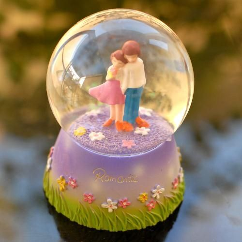 Very Romantic : Love Globes,Indian Gifts Portal