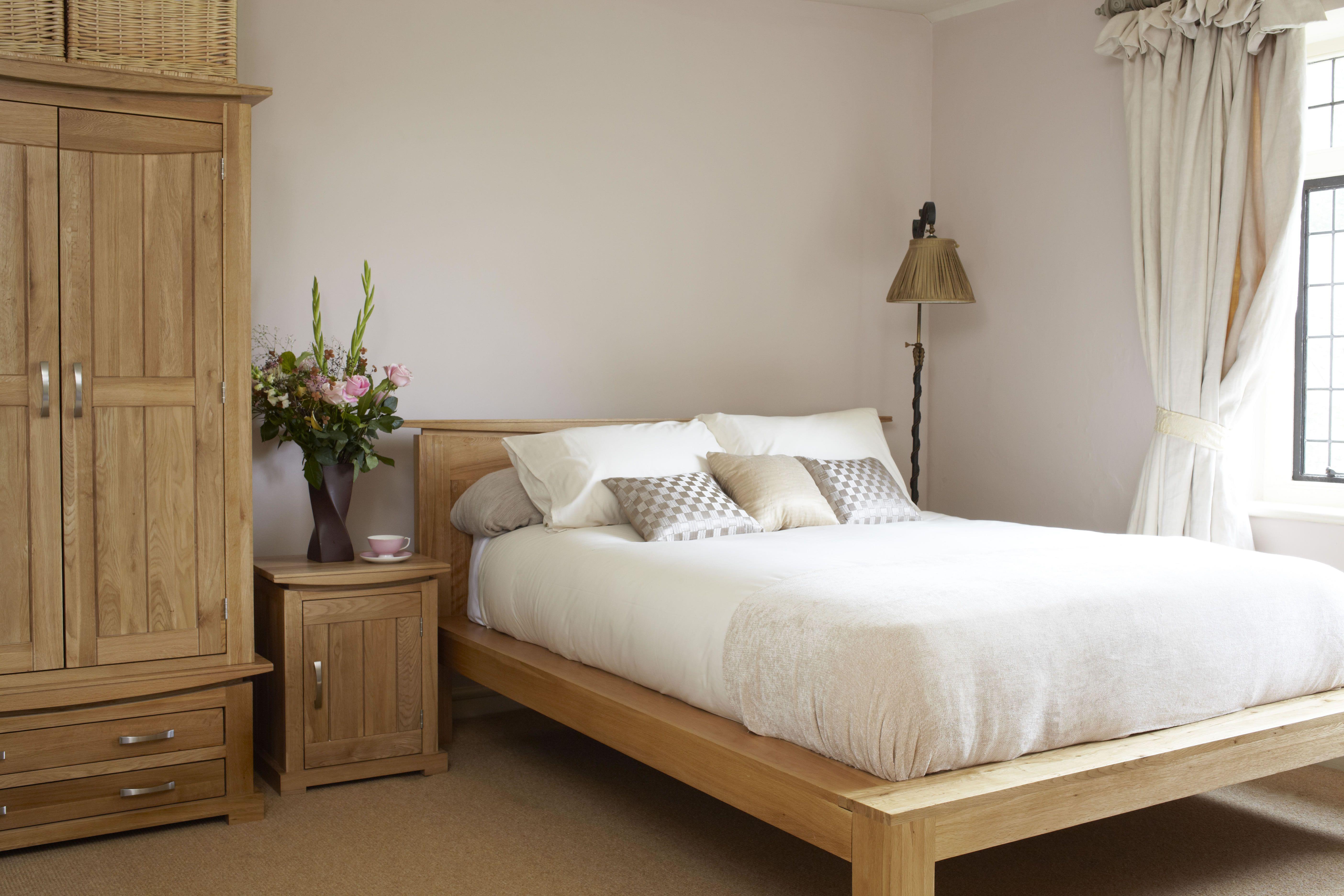 The Oakdale Range Natural Solid Oak Furniture Oak Bedroom Furniture Oak Bedroom Oak Furniture Land