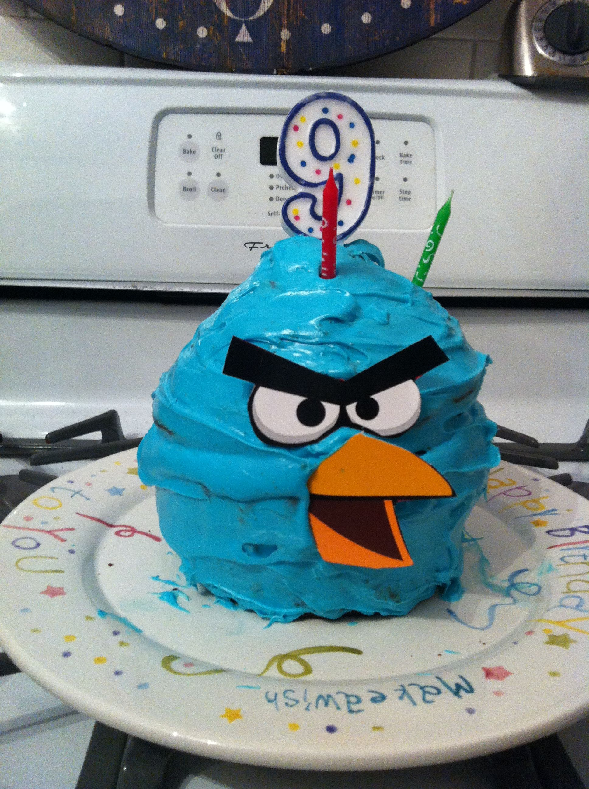 angry birds cake get one of those large cup cake cake pans bake the cake and color white icing. Black Bedroom Furniture Sets. Home Design Ideas