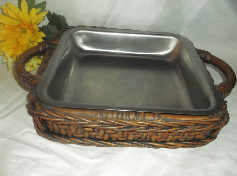 $6.96 or best offer CASSEROLE Dish HOLDER wood Wicker Basket Serving OVEN TO TABLE