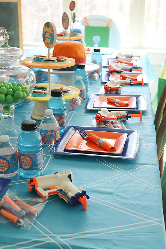 Every 7 Year Old Boy Will Be Battling It Out At A Nerf Gun Birthday Party Fun And Decor Ideas For Your Next