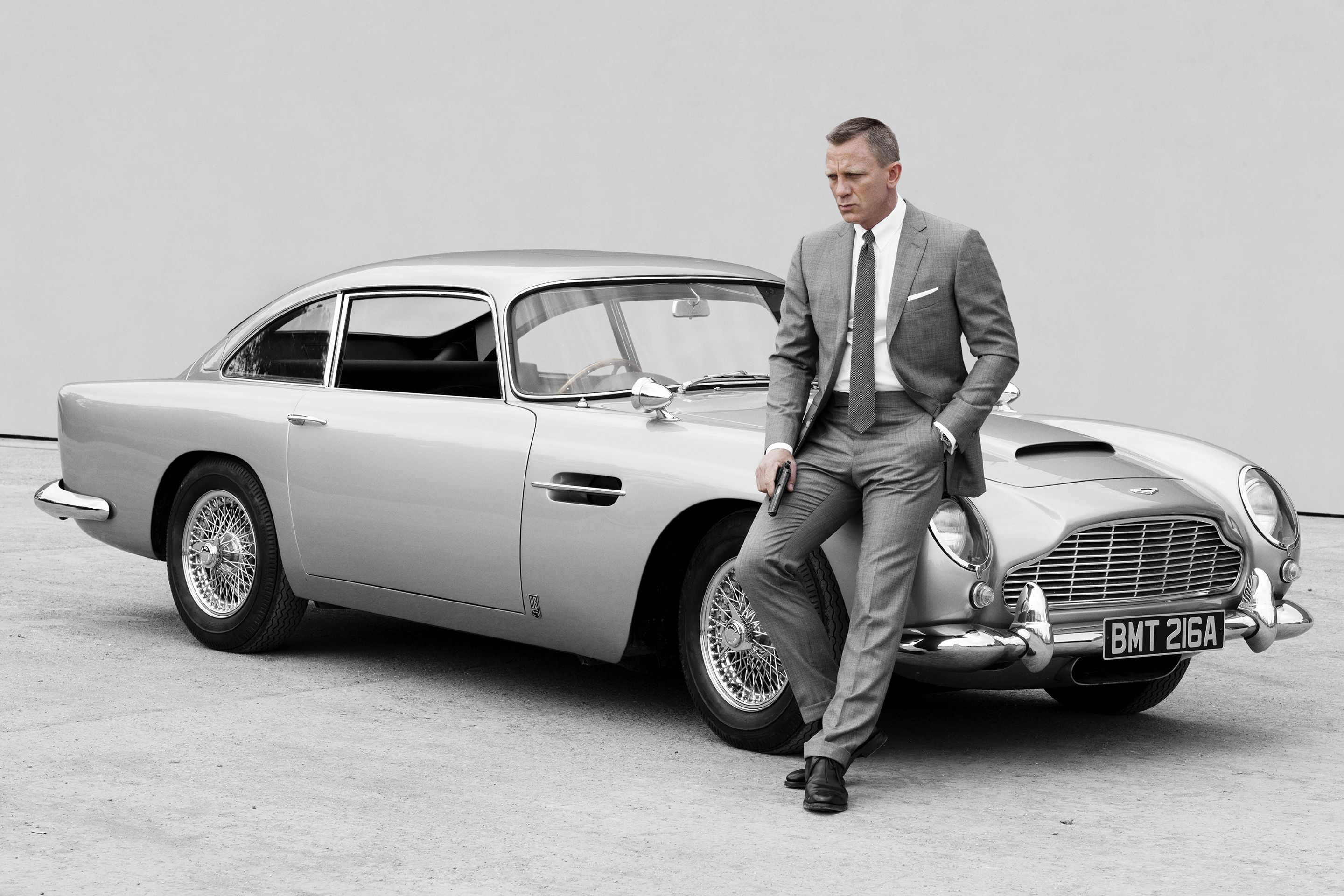Photo of Daniel Craig in gray suit Prince of Wales in Skyfall #style #menstyle #men …
