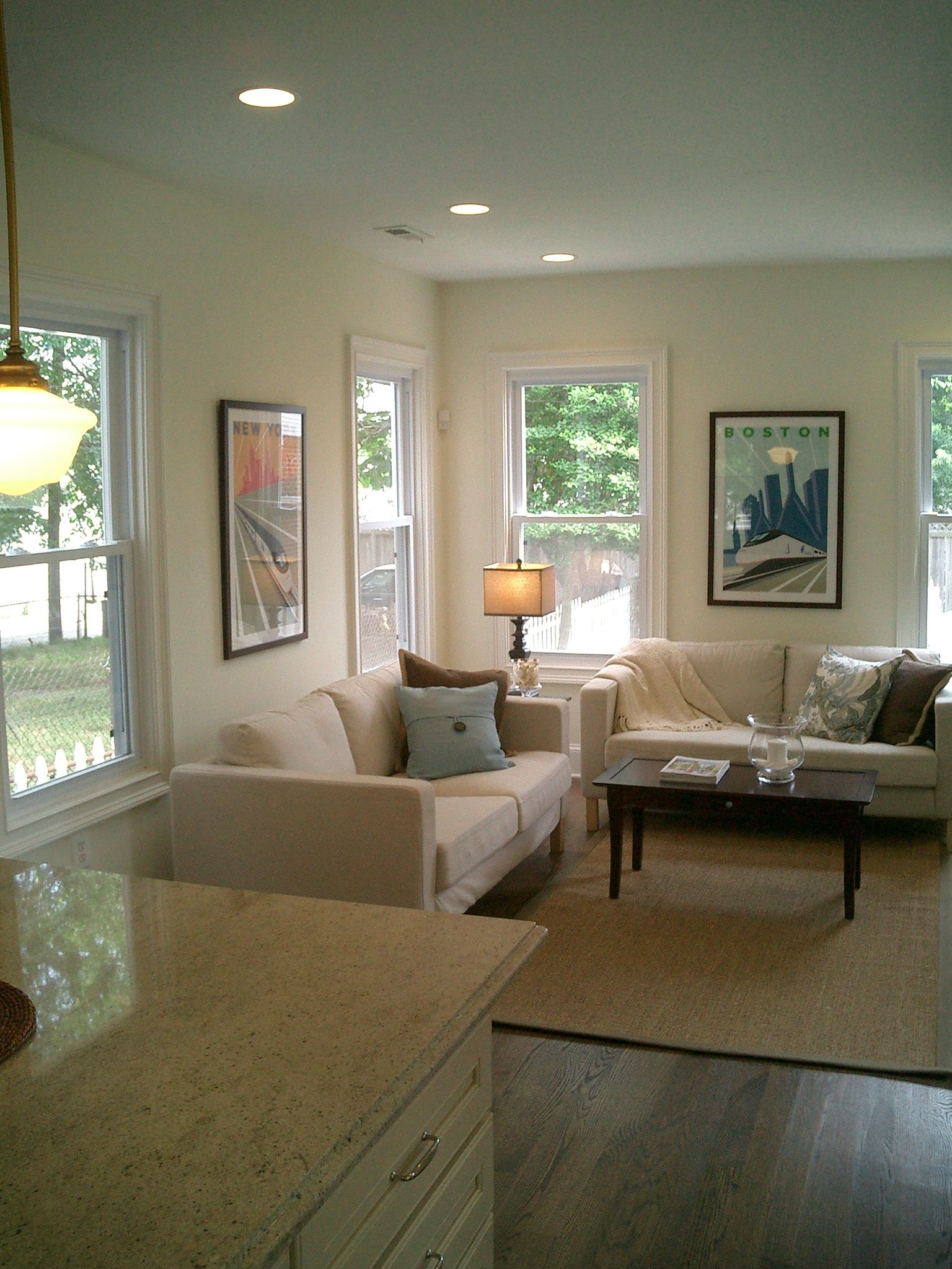 Benjamin moore ivory white 925 paint color for white walls that arent too yellow or too blue