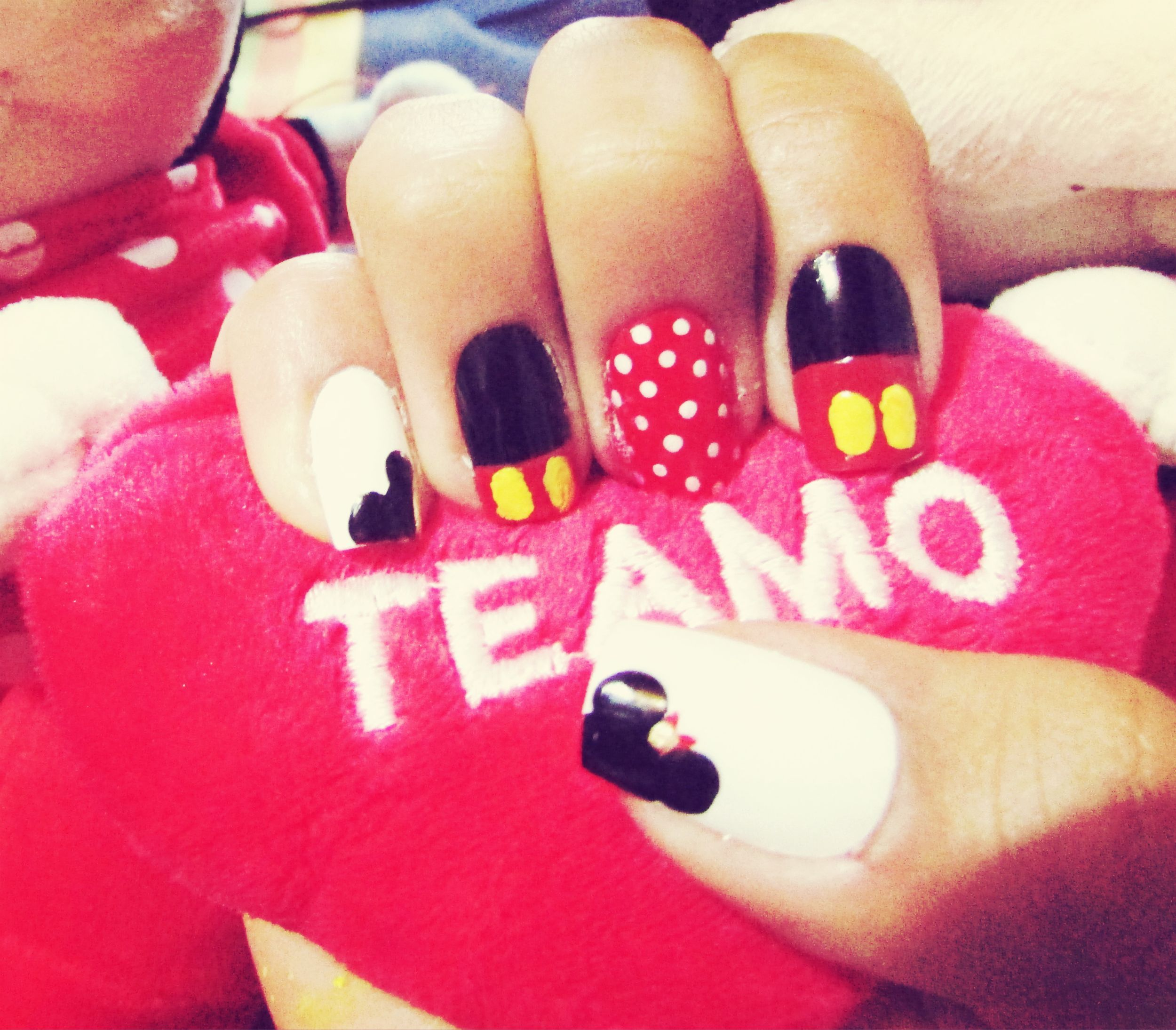 Uñas, Manicure, Mickey Mouse, Minnie Mouse, Mickey, Minnie, Disney ...
