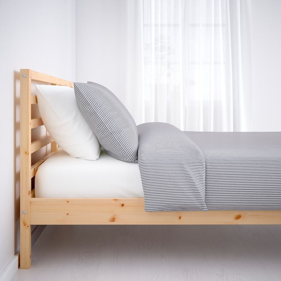 Tarva Bedframe Grenen 140x200 Cm Ikea In 2020 Bedkader Meubel Ideeen Bedframe