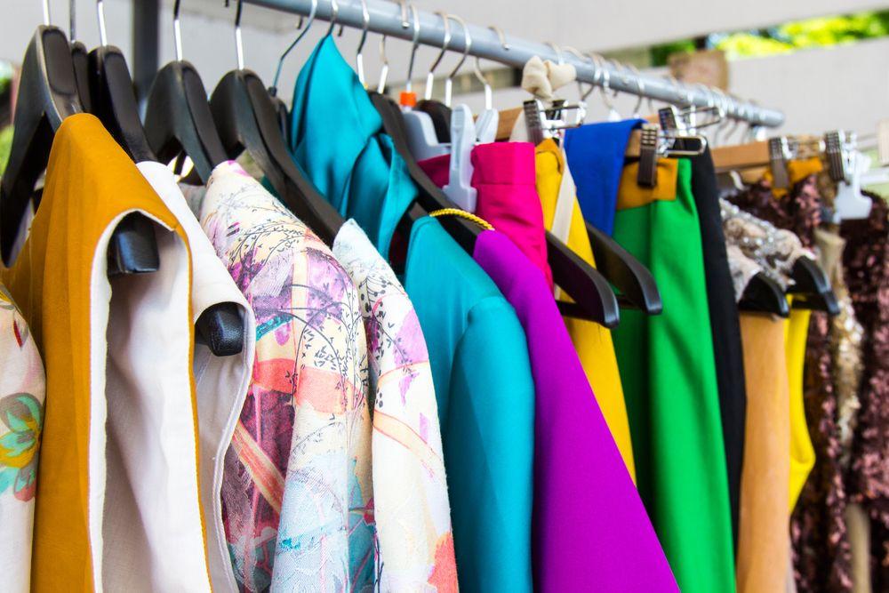 C mo quitar el olor a humedad de la ropa s per secretos de kiwilim n como quitar ropa y olor - Limpiar moho ropa ...