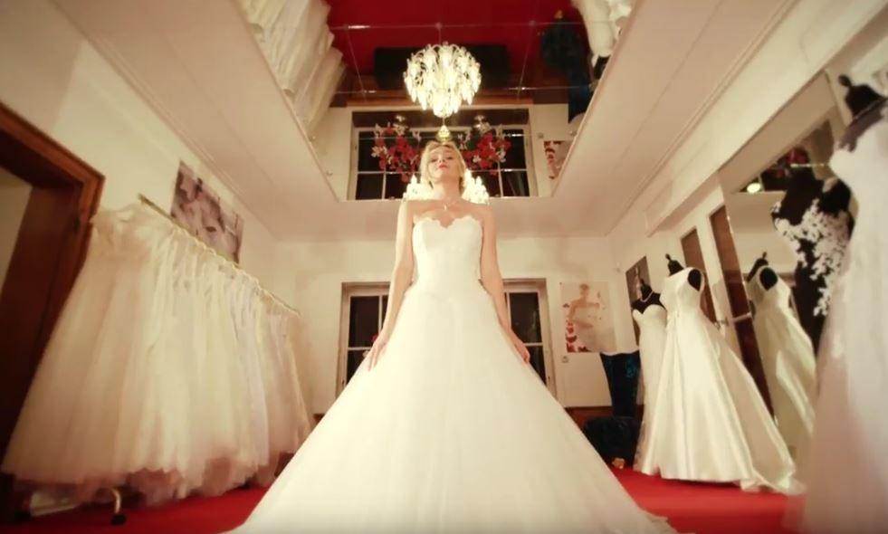 Das Neue Betti B Hochzeits Villa Video Ist Online Https Youtu Be
