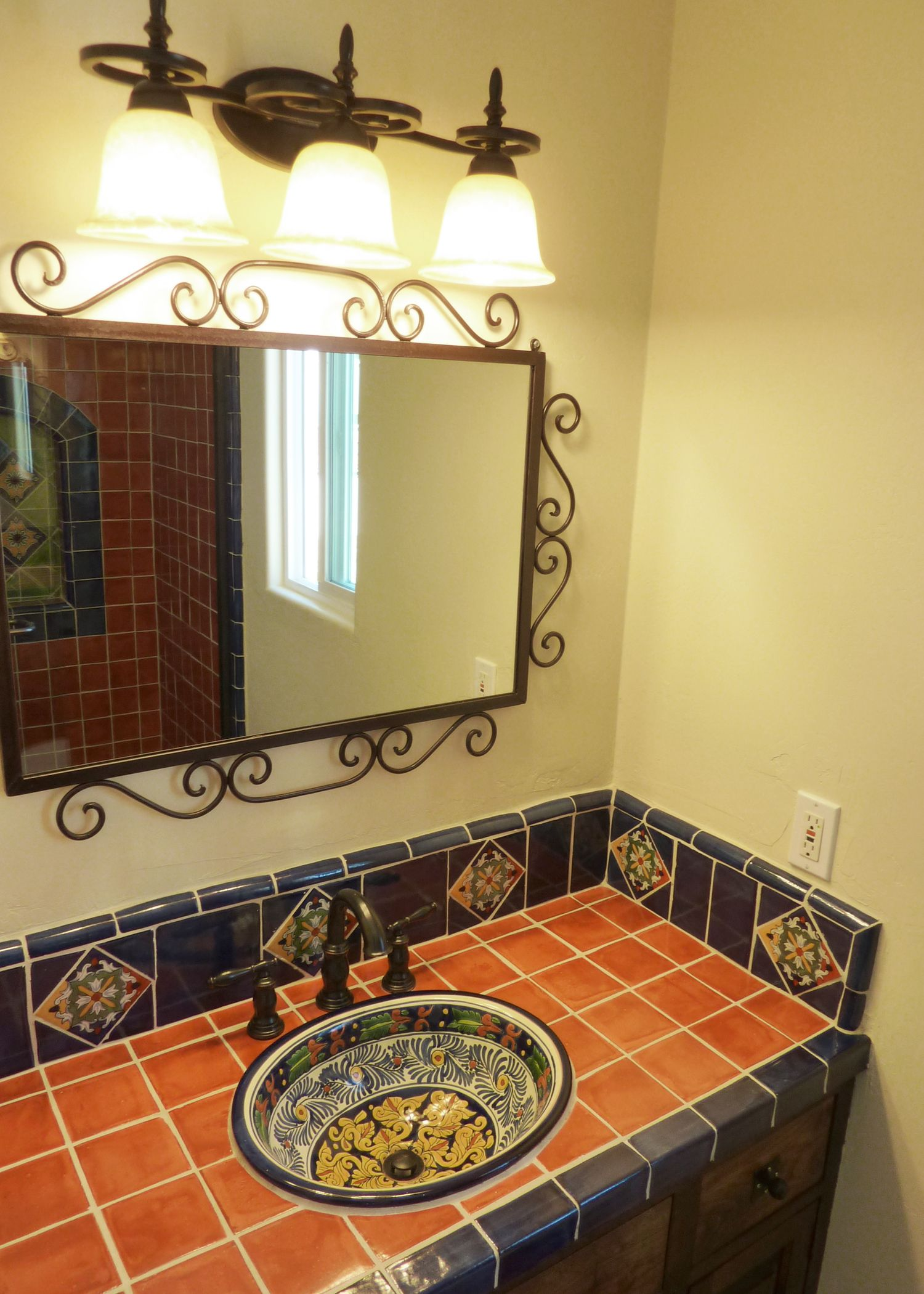 Bathroom vanity using mexican tiles by kristiblackdesigns for Decoracion de banos rusticos fotos