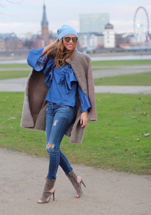 4f351a52 DÜSSELDORF; GERMANY - DEZEMBER : German model and fashion blogger Alexandra  Lapp (@alexandralapp_) wearing denim on denim, a denim blouse from Storets,  ...