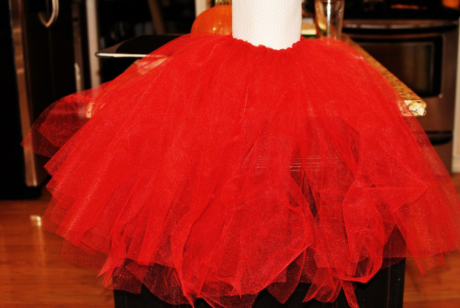 Draydee lyn is going to be mini mouse for disney on ice oh yes the fabulous baby striblings diy tutu a do it yourself no sew tutu dress i will be making the skirt option but this particular diy has the amount of solutioingenieria Choice Image