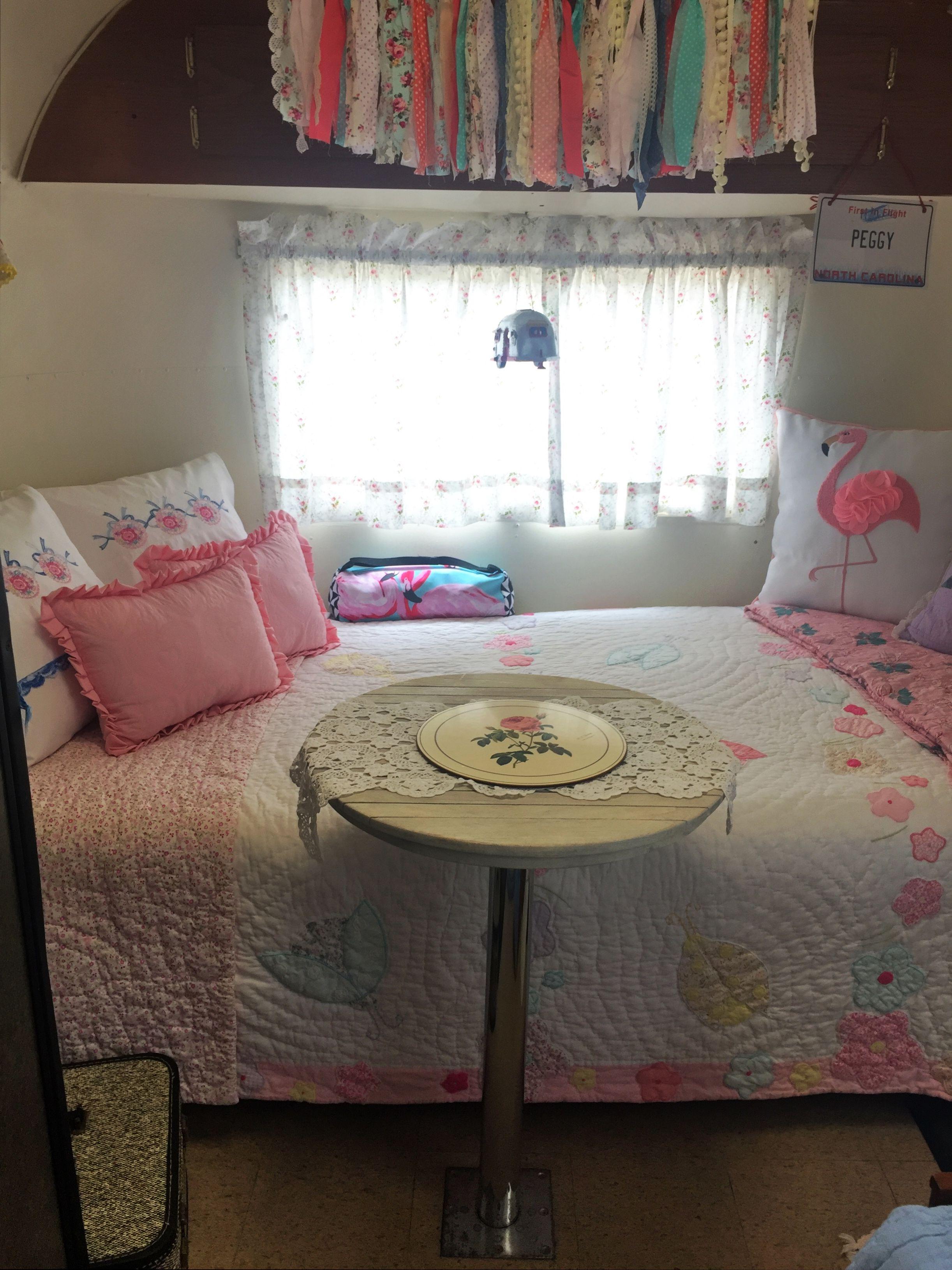 pin by peggy sellers on vintage camper interiors pinterest. Black Bedroom Furniture Sets. Home Design Ideas