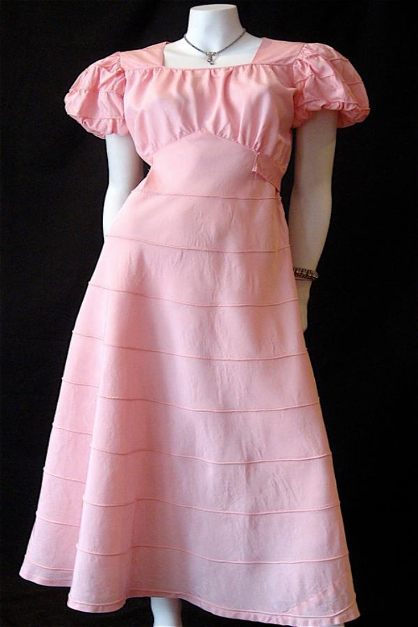 Original 1930s Long Dress Vintage Clothing Genuine Vintage Clothing Online In Australia In 2020 Vintage Clothing Online Prom Dresses Vintage Vintage Fashion 1930s