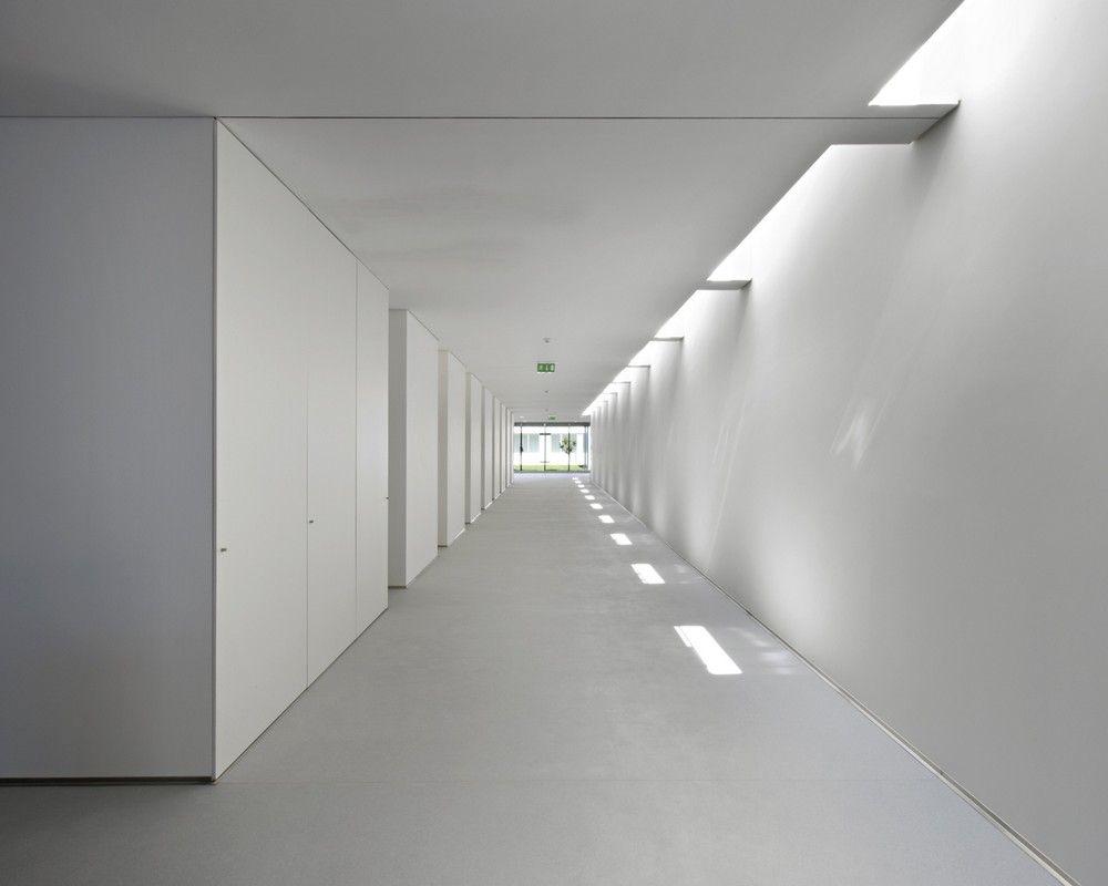 Hidden Lighting exhibition corridor   corridor 廊道   pinterest   hidden lighting