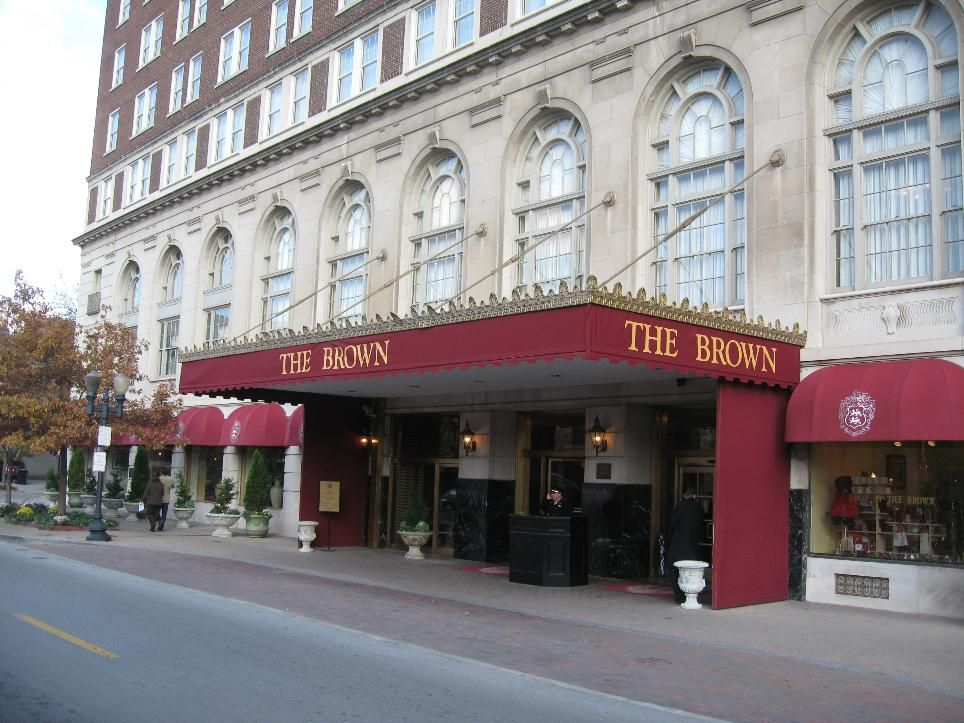 The Brown Hotel In Louisville Ky Known For Hot Sandwich Turkey Creamy Cheese Sauce Bacon Tomatoes It Was A Very Rich