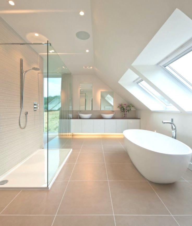 Badezimmer mit Dachschräge badezimmerideen badewanne Badewanne Badez