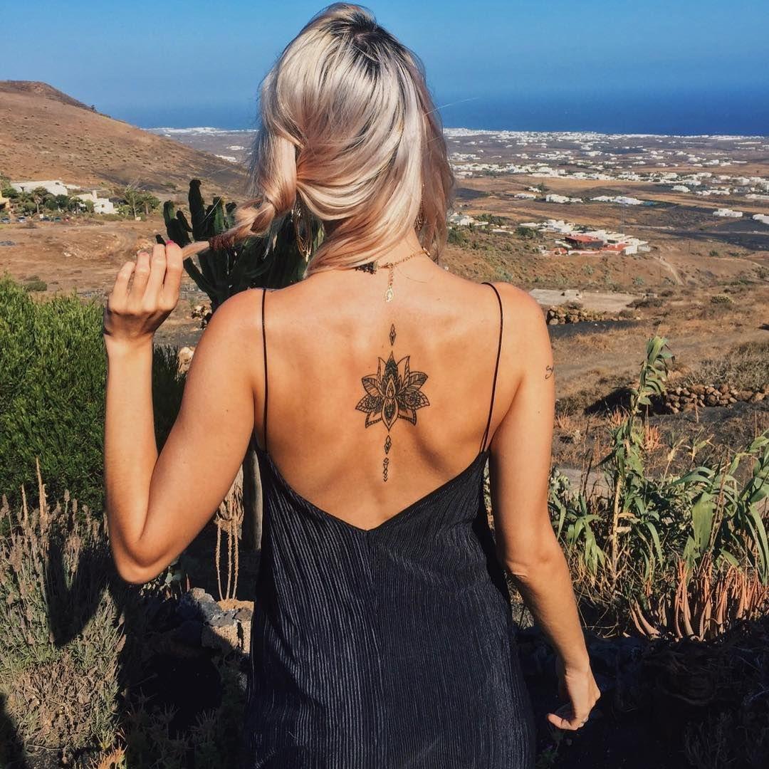 Ya está curado! 😍 Boho tattoos, Spine tattoos, Back