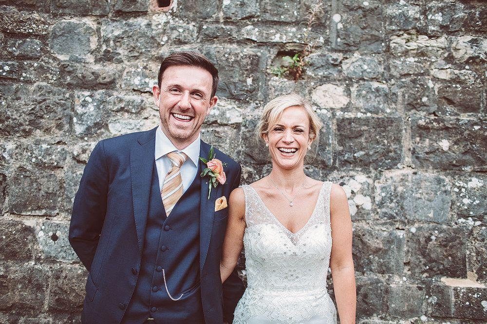 Brautkleid mit Pailletten besetzt