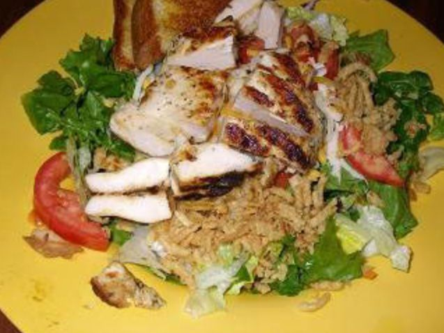 Zaxby S Grilled Chicken Salad Sans Onion Rings Cheese And Toast