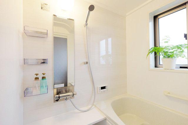 まずは物を減らす お風呂を毎日ピカピカに保つためのコツ ライブドアニュース Bathroom Bathtub