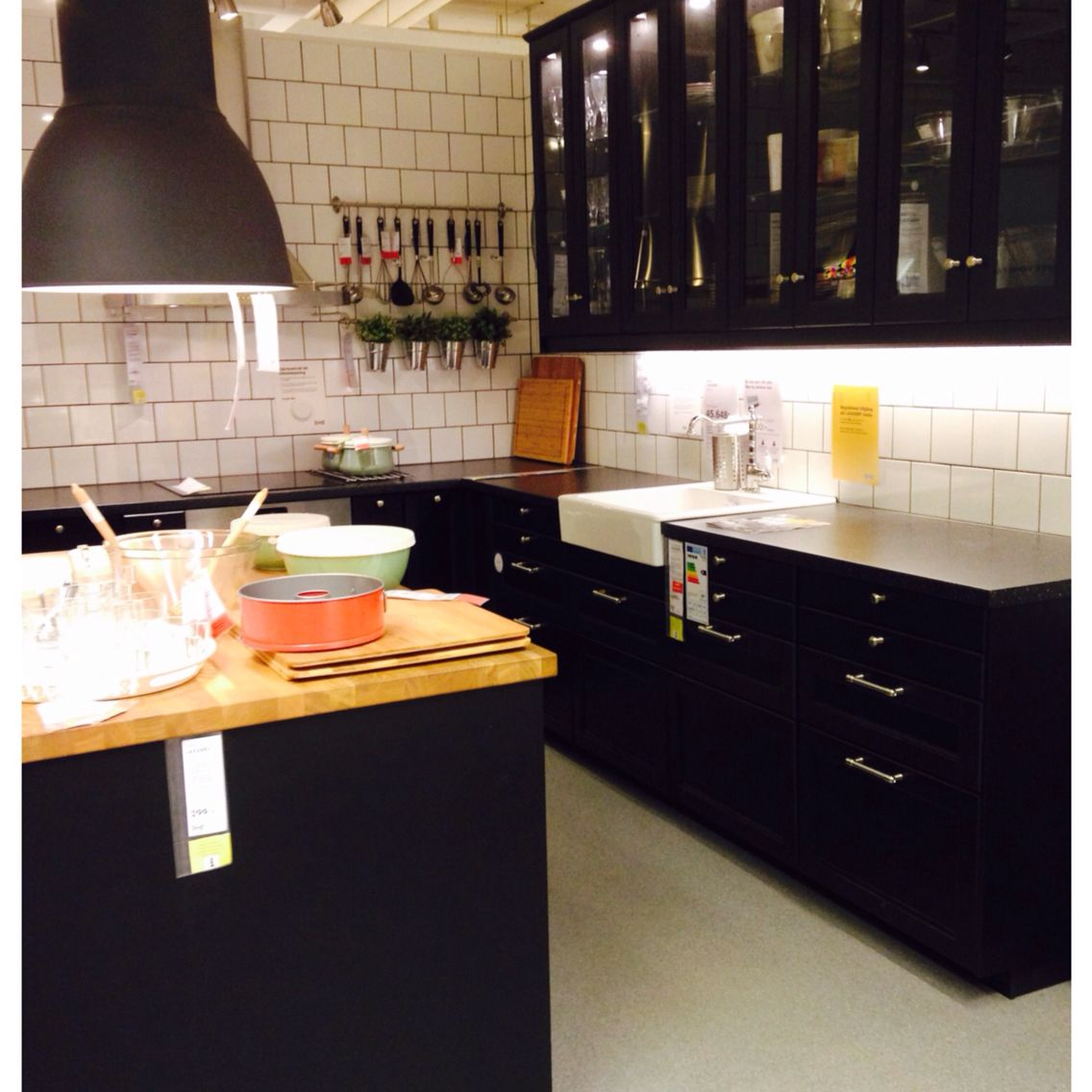 Cuisine Laxarby Ikea Cheap Ikea Ringhult Kitchen With: Laxarby - Snyggt IKEA!