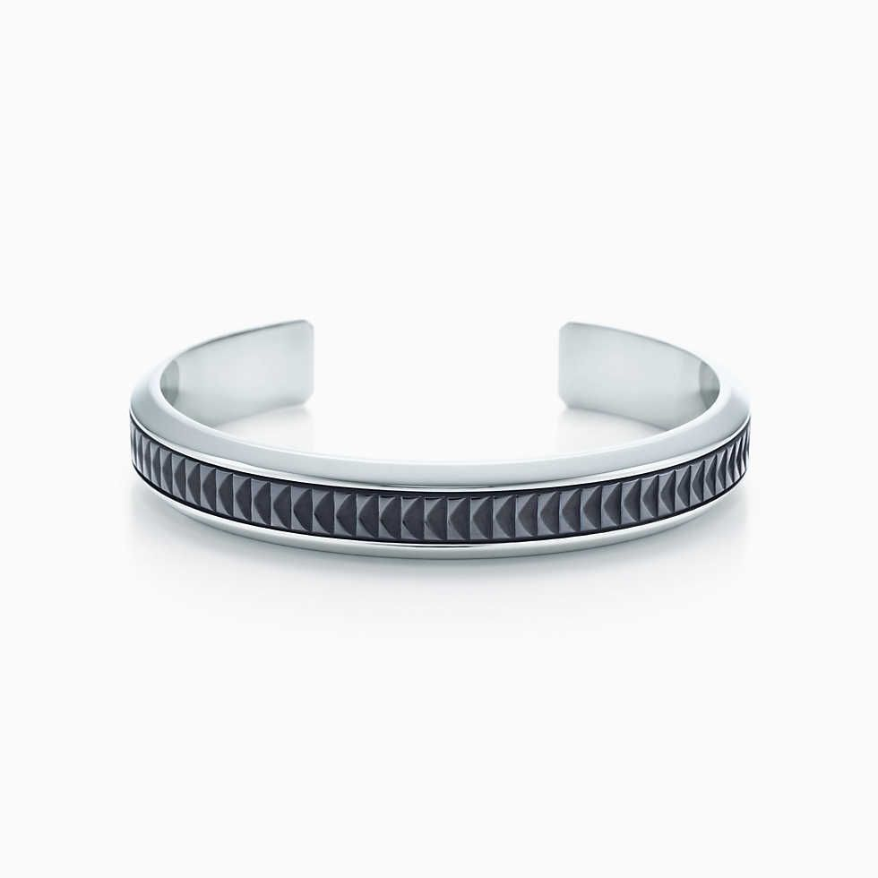 Palomas Groove wide cuff in sterling silver, medium Tiffany & Co.