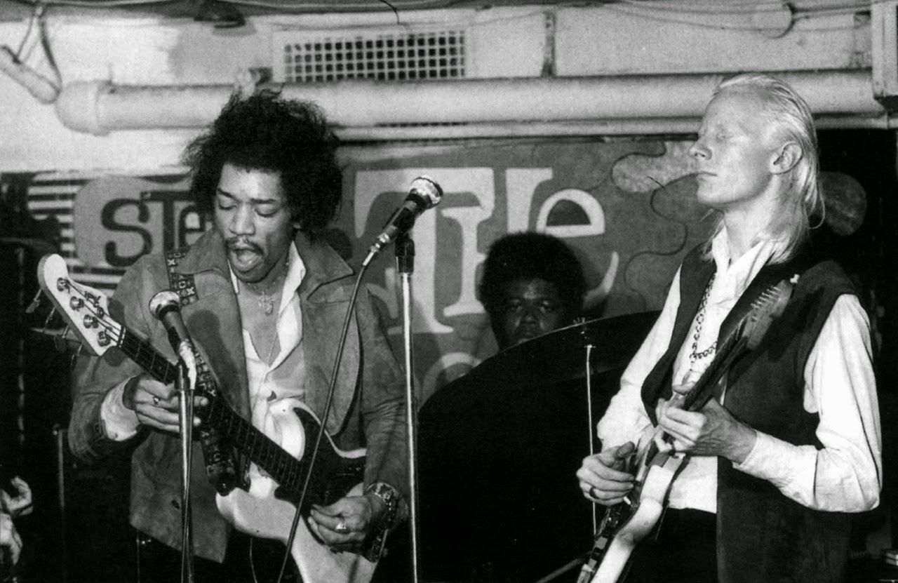 Two Fender instruments. Two brilliant players. _Jimi on bass_ and is that Billy Cox on drums? What's not to love?