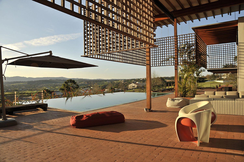 Casa en Quinta da Baroneza, Bragança Paulista, Brasil - Candida Tabet Arquitetura - © Rómulo Fialdini