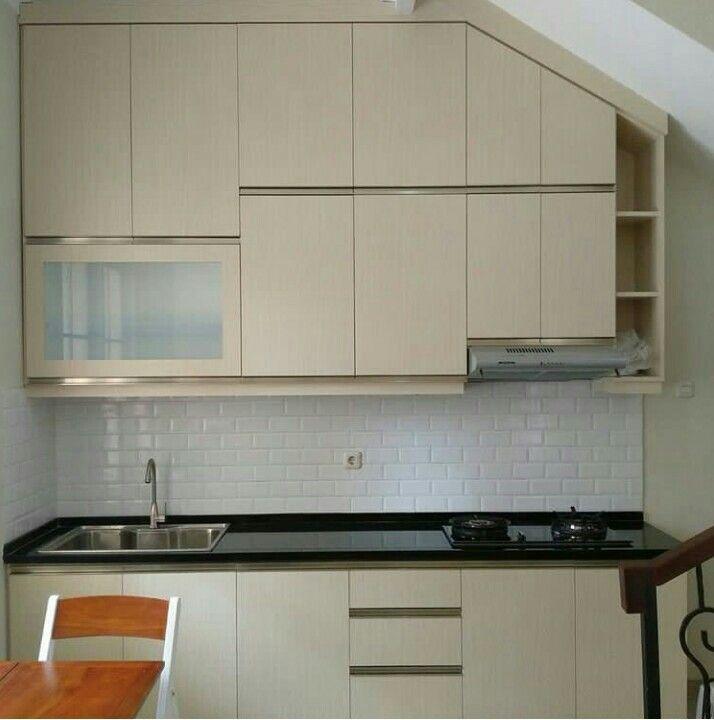 Kitchen Set Model Bawah Tangga MODERN