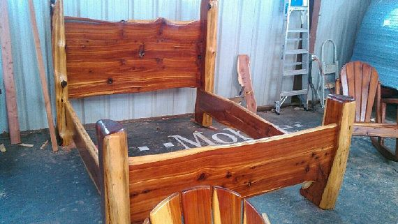 Rustic Cedar Bed Queen Size Bed Wood Furniture Handmade Bed Cabin Decor Western Decor Rustic Decor Rustic Furnit Rustic Furniture Handmade Bed Cabin Decor