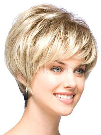 Perruque courte dorée claire dégradée de coupe boyish