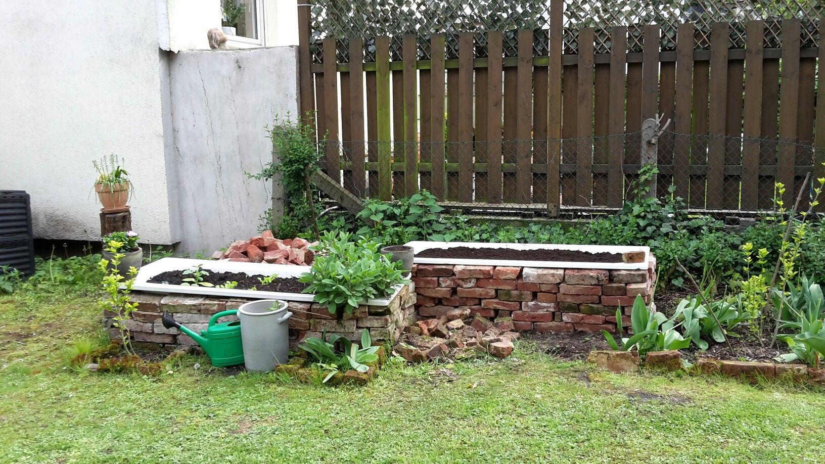 Badewanne Als Hochbeet Badewanne Garten Garten Hochbeet