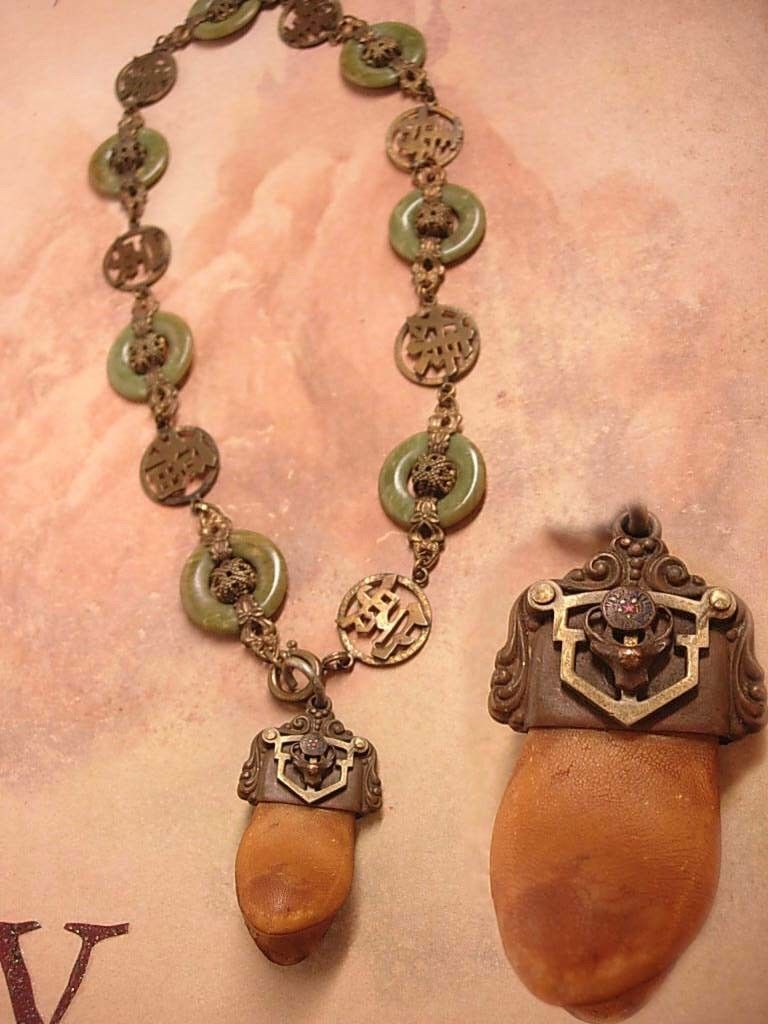 Antique Tooth necklace Bizarre Victorian Chinese Jade Very OLD ...