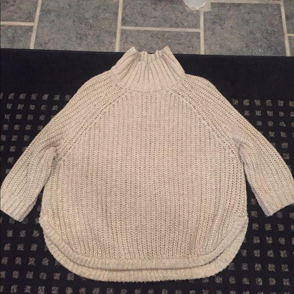 Victoria Secret Turtle Neck Perfect condition Victoria's Secret Sweaters Cowl & Turtlenecks
