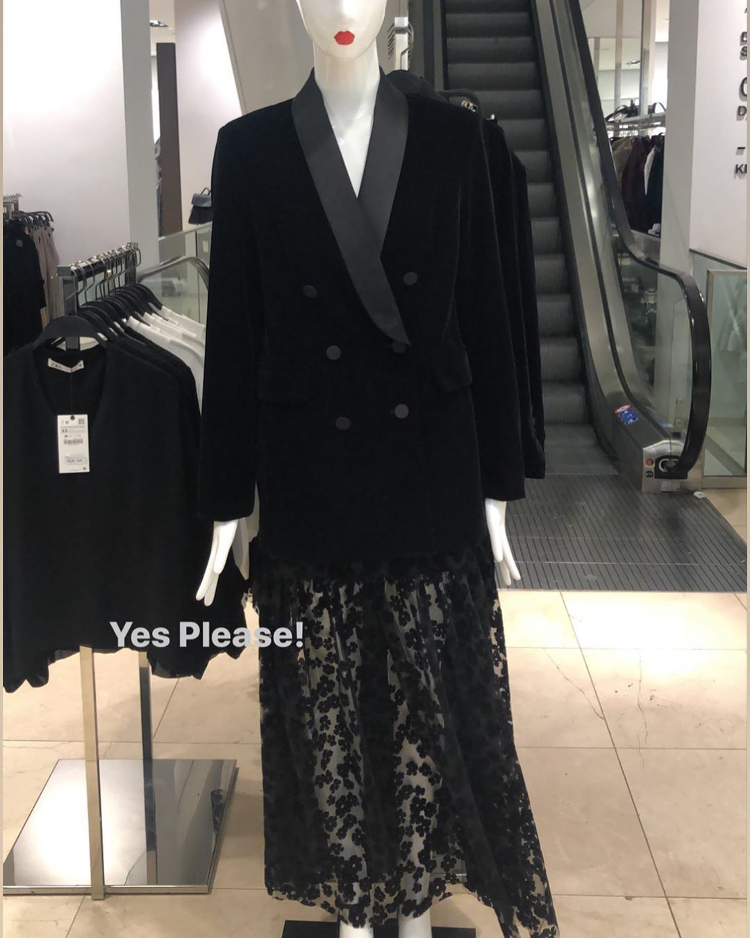 Zara Kombin Transparan Elbise 29995 Kadife Blazer 49995 In 2020 Fashion Zara Zara Women
