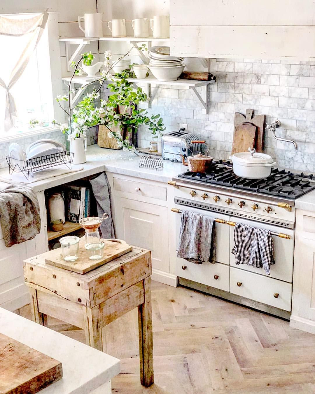 Pin By Little Yellow Cottage On Cozy Cottage Kitchens