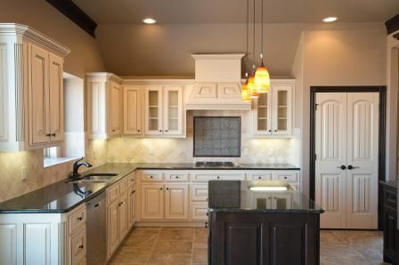 White Kitchen Yes Or No white kitchen, yes or no?? nw okc/edmond oklahoma home for sale