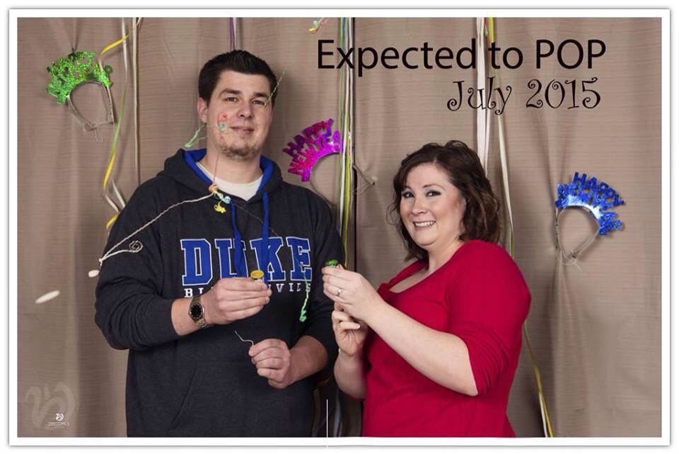 Our pregnancy announcement! 2become1 studio photographer