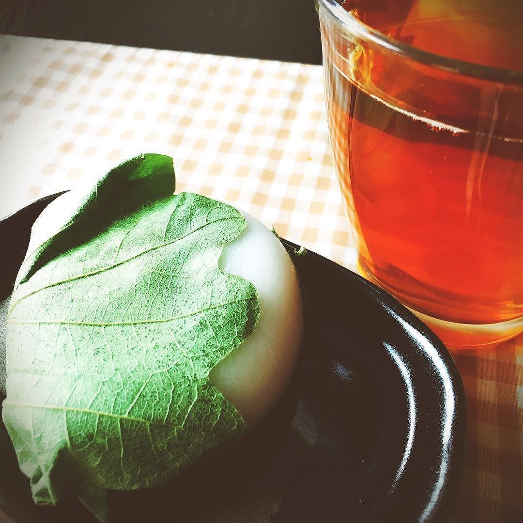 こどもの日のオヤツはコチラ  #おやつ #和スイーツ #柏餅 by miminyan