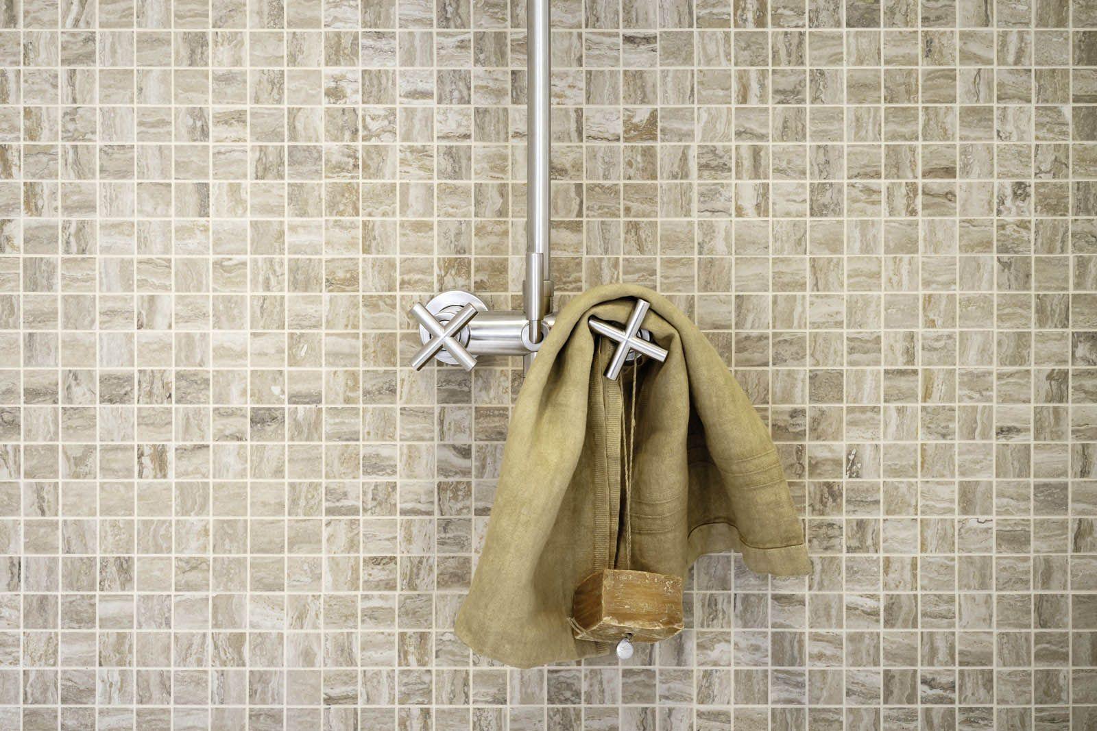 Piastrelle a mosaico per bagno e altri ambienti | Marazzi | Bathroom ...