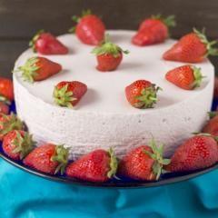 Philadelphia-Torte mit Erdbeer-Joghurt