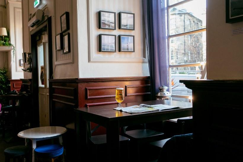 16 Best Bars & Pubs in Edinburgh | Cool bars, Bar lounge ...