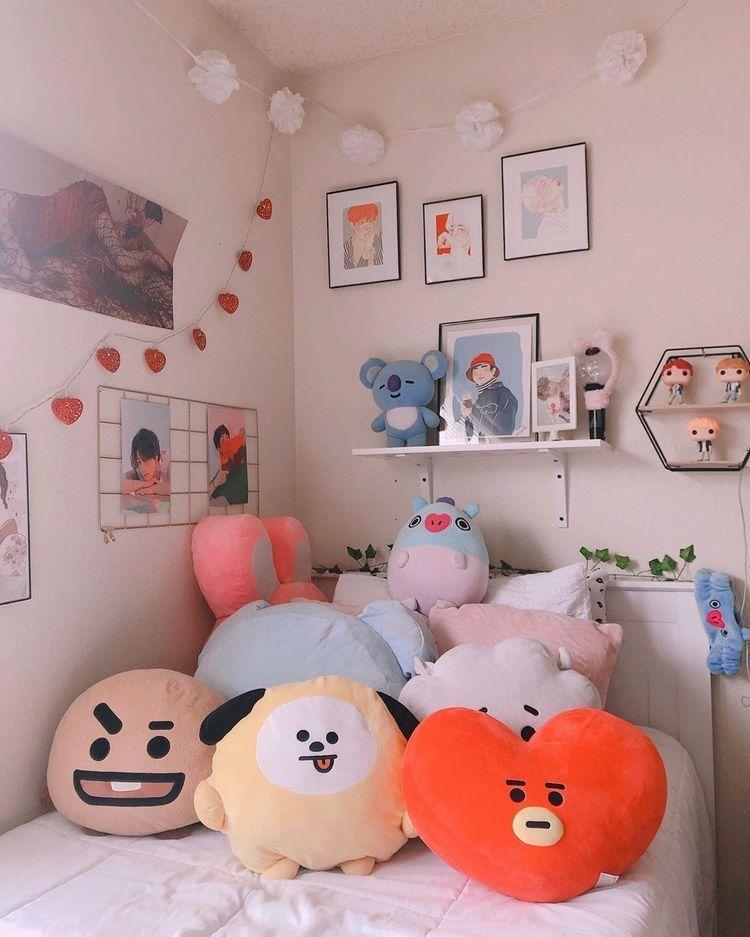 #bts #room #roomdecor #bedroom #taehyung #jimin #jungkook ... on Room Decor Bts id=90775