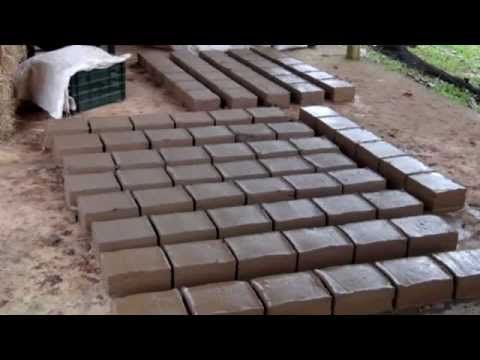 Top Adobe Two 2 Methods Of Making Adobe Bricks Natural Building Earthship Homesteading
