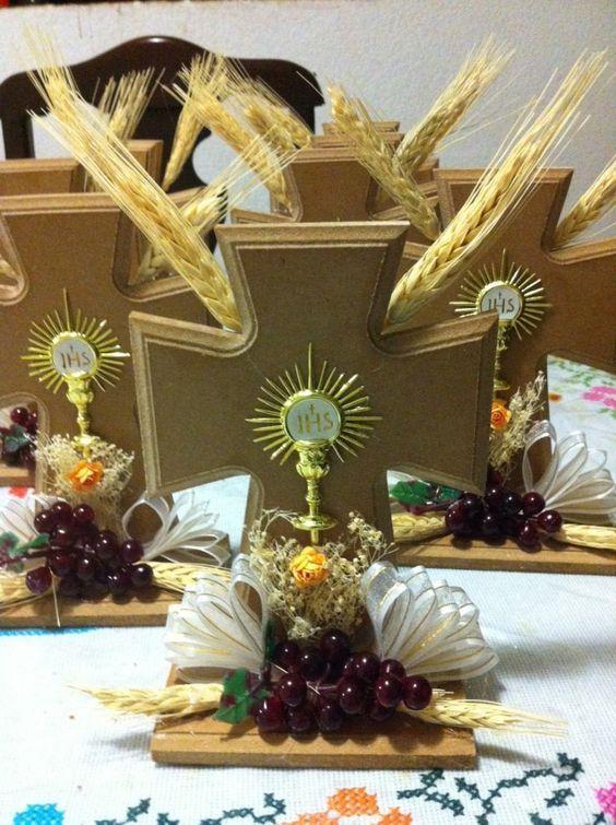 centro de mesa primera comunion first communion communion decorations communion. Black Bedroom Furniture Sets. Home Design Ideas