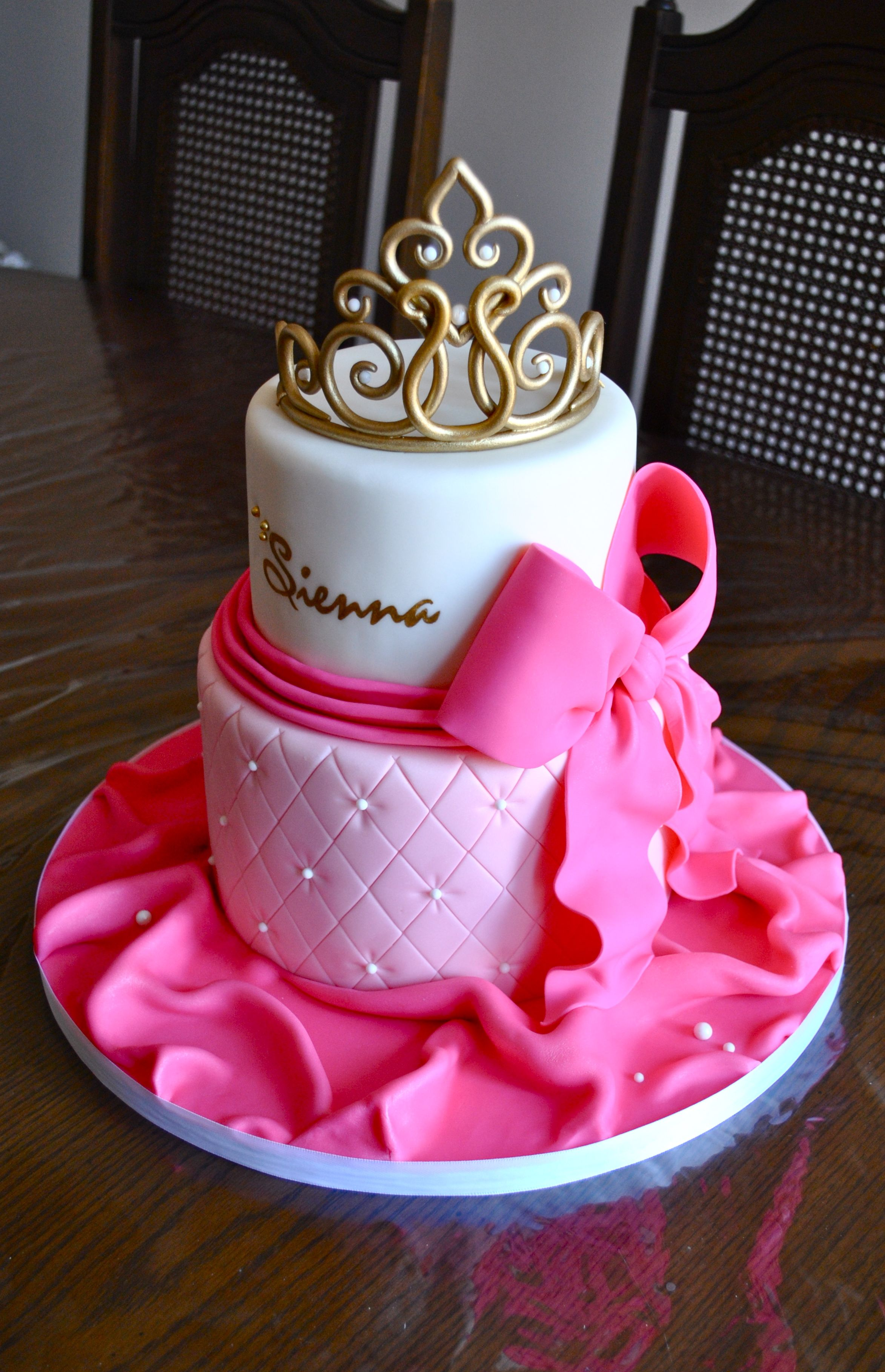 Baby Shower Cake for a Princess cake pinkandwhite quilted