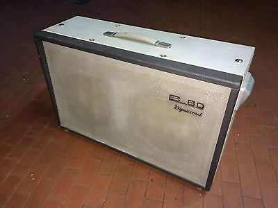 Alte Dynacord speaker box (ohne Lautsprecher)